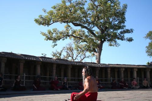 bheraghat tour 2008 swami ozen rajneesh 00002