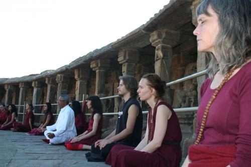 bheraghat tour 2008 swami ozen rajneesh 00009