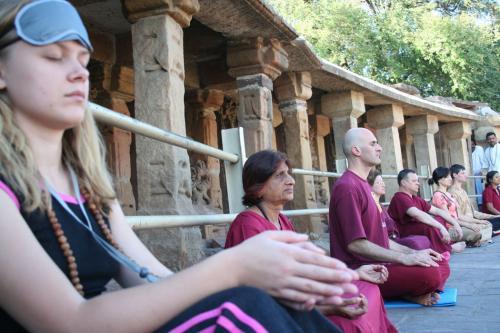 bheraghat tour 2008 swami ozen rajneesh 00010