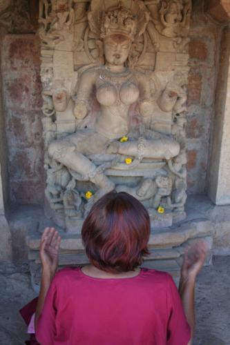 bheraghat tour 2008 swami ozen rajneesh 00012