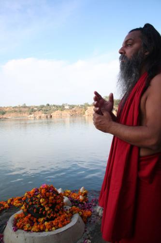 bheraghat tour 2008 swami ozen rajneesh 00015