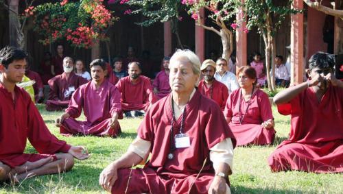 devgarh tour 2009 swami ozen rajneesh00005