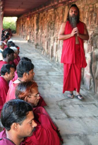 devgarh tour 2009 swami ozen rajneesh00014