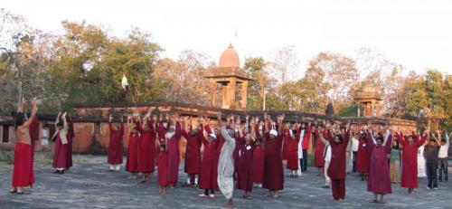 devgarh tour 2009 swami ozen rajneesh00027