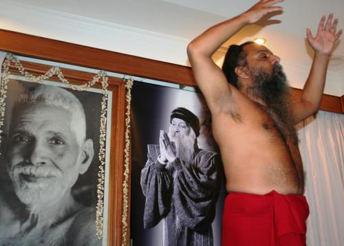 tiru tour 2009 swami ozen rajneesh00025